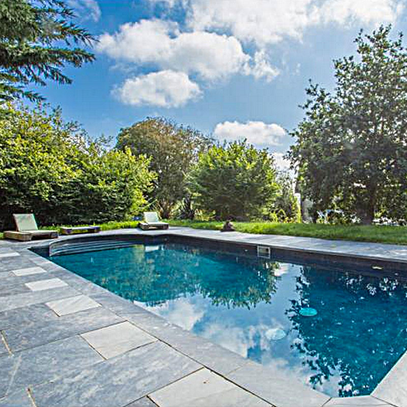 The Pool at ANRÁN Manor